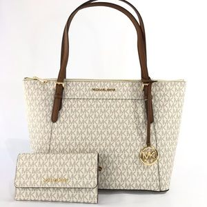 Michael Kors Ciara Tote with wallet